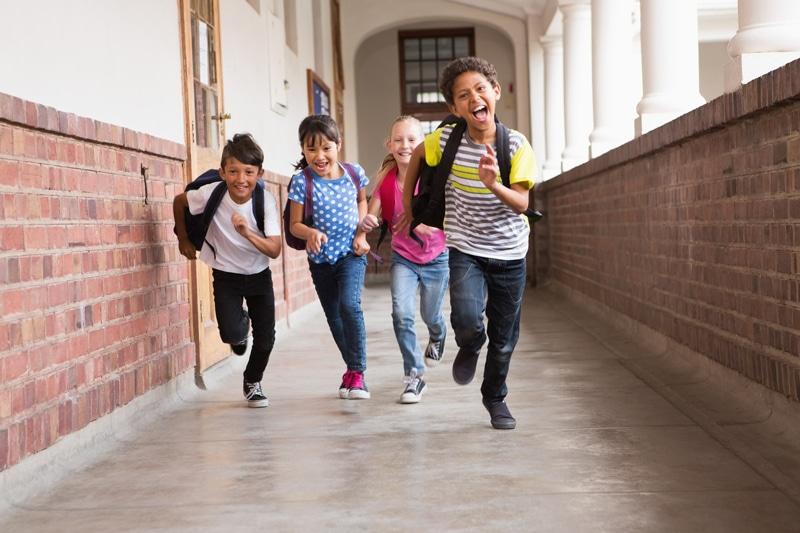 Volta às aulas: atenção redobrada para proteger crianças de doenças